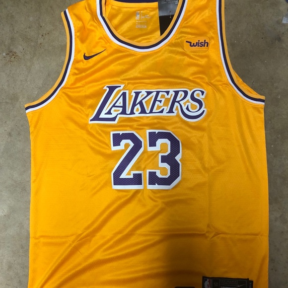 NWT LeBron James  23 Lakers yellow jersey 1d4b2a59e